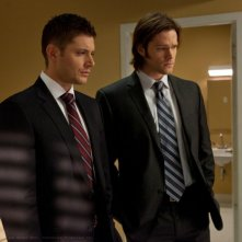 Jensen Ackles e Jared Padalecki in una scena dell'episodio La madre di tutte le cose della sesta stagione di Supernatural