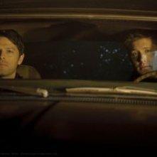 Jensen Ackles e Misha Collins nell'episodio The Born-Again Identity della settima stagione di Supernatural