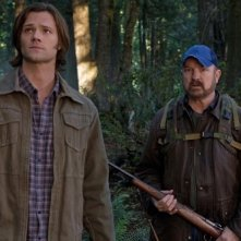 Jim Beaver e Jared Padalecki nell'episodio How To Win Friends And Influence Monsters della settima stagione di Supernatural