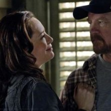 Jim Beaver e Samantha Ferris nell'episodio My Heart Will Go On della sesta stagione di Supernatural