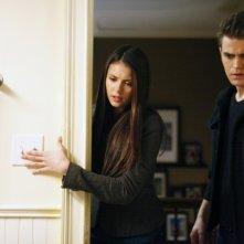 Nina Dobrev e Paul Wesley in una scena dell'episodio Punto di svolta della terza stagione di The Vampire Diaries