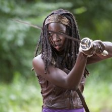 The Walking Dead: Danai Gurira è Michonne nell'episodio Benvenuti a Woodbury