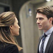 Noah Beah e Maggie Q in una scena dell'episodio The Sword's Edge della serie televisiva Nikita