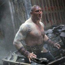 L'uomo con i pugni di ferro: Dave Bautista in una scena del film