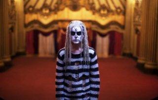 The Lords of Salem: Sheri Moon Zombie in una scena tratta dal nuovo film del marito Rob