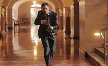 Channing Tatum in azione nei corridoi della Casa Bianca in White House Down