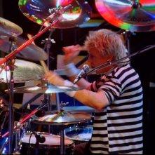 Hungarian Rhapsody: Queen Live in Budapest, il batterista Roger Taylor sul palco di Budapest