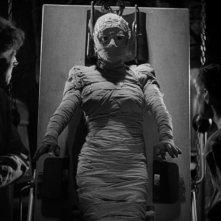 Ernest Thesiger con Elsa Lanchester e Colin Clive in una scena del film La moglie di Frankenstein
