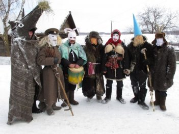 Spose celesti dei mari di pianura: un'immagine del film di Aleksei Fedorchenko