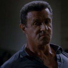 Lo sguardo di sfida di Sylvester Stallone in Bullet to the Head