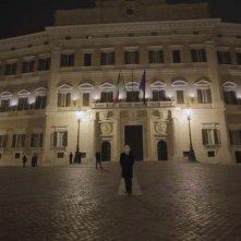 S.B. Io lo conoscevo bene: Palazzo Montecitorio in una scena del documentario su Silvio Berlusconi