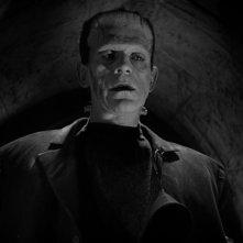 Boris Karloff in una sequenza del film La moglie di Frankenstein