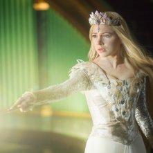 Il grande e potente Oz: Michelle Williams in azione nei panni della strega Glinda
