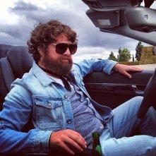 Una notte da leoni 3: Zach Galifianakis in auto pronto a girare