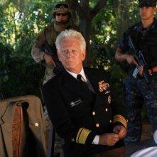 Bruce Davison in una scena dell'episodio L'accordo della prima stagione di Last Resort