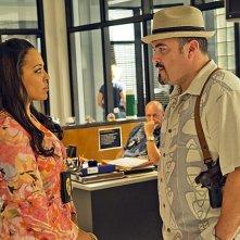 Dexter: David Zayas e Lauren Velez nell'episodio Chemistry