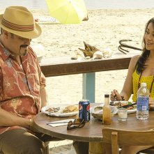 Dexter: David Zayas ed Aimee Garcia nell'episodio Do the Wrong Thing