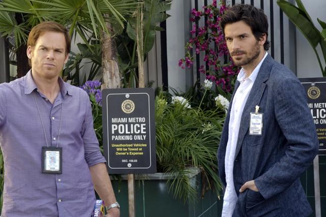 Dexter Michael C Hall E Santiago Cabrera Nell Episodio Do The Wrong Thing 257407