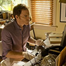 Dexter: Michael C. Hall nell'episodio Do the Wrong Thing
