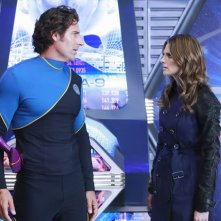 Ed Quinn e Stana Katic in una scena dell'episodio The Final Frontier della serie Castle - Detective tra le righe