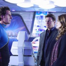 Ed Quinn, Nathan Fillion e Stana Katic in una scena dell'episodio The Final Frontier della serie Castle - Detective tra le righe