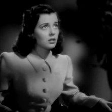 Gail Russell in una scena del film La casa sulla scogliera (1944)
