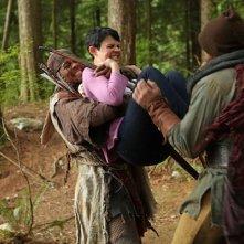 Ginnifer Goodwin in una scena d'azione dell'episodio Into the Deep della serie C'era una volta