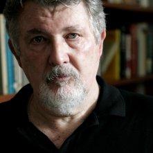 Il regista Walter Hill in un'immagine promozionale