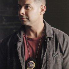 Jon Huertas in una scena dell'episodio Probable Cause della serie Castle - Detective tra le righe