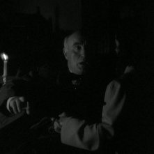 La casa sulla scogliera: Donald Crisp e Gail Russell in una sequenza del film