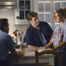 Nathan Fillion e Stana Katic in una scena dell'episodio Murder, He Wrote della serie TV Castle - Detective tra le righe