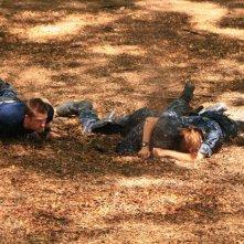 Scott Speedman, Andre Braugher e Daisy Betts in una scena dell'episodio Traditori della prima stagione di Last Resort