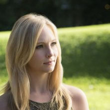 Candice Accola in una scena dell'episodio My Brother's Keeper della serie TV The Vampire Diaries