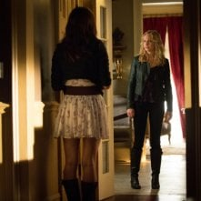 Candice Accola in una scena dell'episodio The Killer della quarta stagione di The Vampire Diaries