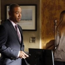 Columbus Short in una scena dell'episodio Spies Like Us della seconda stagione di Scandal