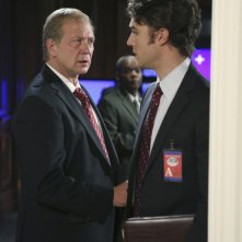 Jason Dechert e Jeff Perry in una scena dell'episodio The Other Woman della seconda stagione di Scandal