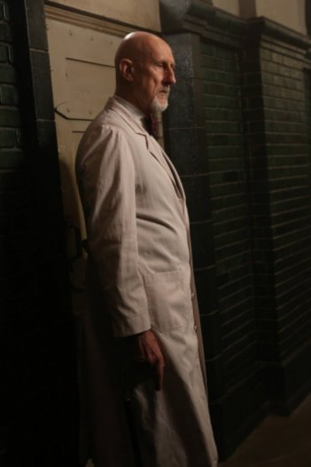 American Horror Story, Asylum - James Cromwell nell'episodio I Am Anne Frank (parte 2)