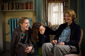 Tutto parla di te: Elena Radonicich sul set del film insieme a Charlotte Rampling e alla regista Alina Marazzi