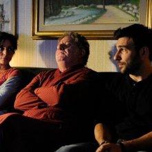 Ci vediamo a casa: Ambra Angiolini, Antonello Fassari ed Edoardo Leo in una scena