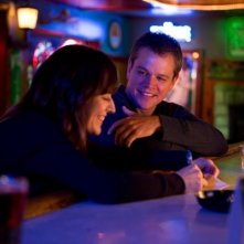 Promised Land: Matt Damon e Rosemarie DeWitt in una scena del film