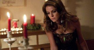 Una famiglia perfetta: Claudia Gerini in una scena del film