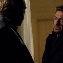 Una famiglia perfetta: Sergio Castellitto e Marco Giallini (di spalle) in un momento del film