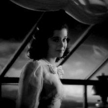 Gail Russell in una sequenza del film La casa sulla scogliera (1944)
