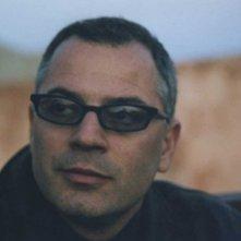 Noi non siamo come James Bond: il regista e interprete del film Mario Balsamo in una foto promozionale