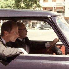 Noi non siamo come James Bond: una scena del film diretto e interpretato da Mario Balsamo e Guido Gabrielli