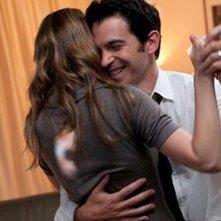 28 Hotel Rooms: Chris Messina e Marin Ireland danzano romanticamente in una scena del film