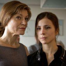 Breaking Horizon: Marion Mitterhammer e Aylin Tezel in una scena del film