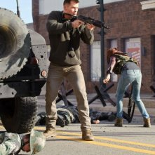 Chris Hemsworth in Red Dawn, action del 2012