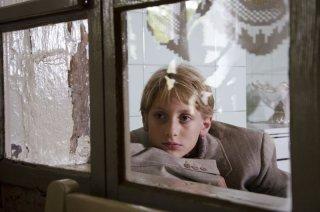 Itaker: il piccolo Tiziano Talarico in una scena