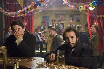 Itaker: Pietro Bontempo e Andrea Trovato in una scena del film